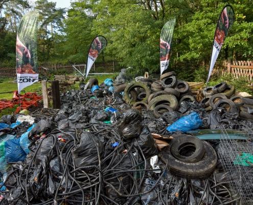 human waste zone, zero waste, sprzątanie lasu, zbieranie śmieci, puszcza wkrzańska, Artur Rydzewski